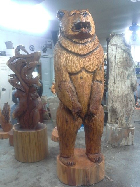 large cottonwood carved bear