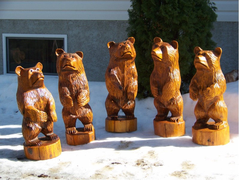 Chainsaw carvings gallery